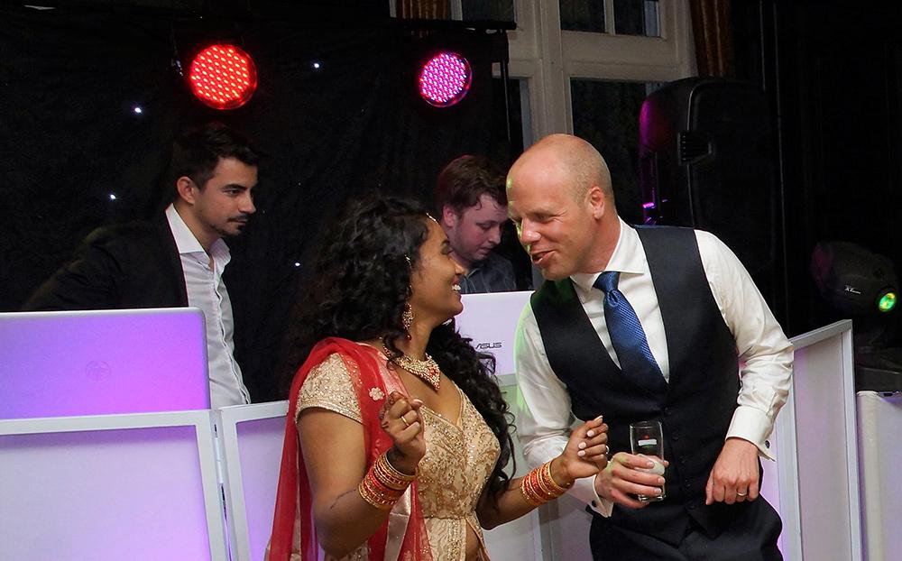 Speciale bruiloft in Baarn een succes
